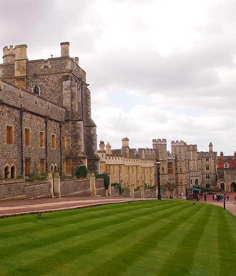 Windsor, Stonehenge and Roman baths London